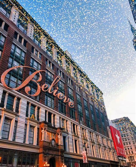The Best Holiday Window Displays On Fifth Avenue