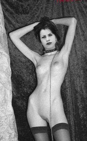 Naked Fairuza Balk Nude Photos