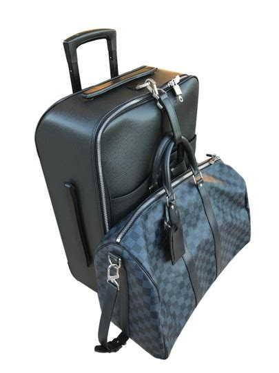 louis vuitton taiga  ardoise carry  suitcase luggage