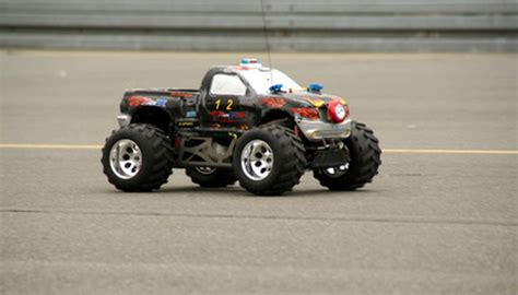 step  step guide  building   rc cars  pastimes