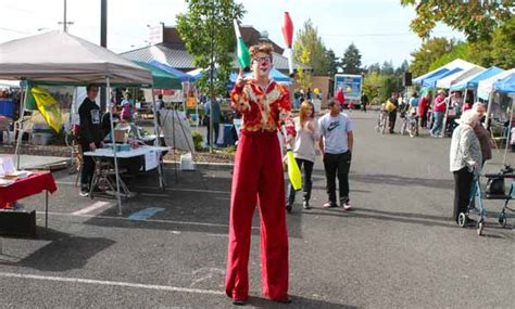 floyd light middle division street festival flourishes east pdx news