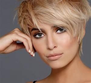 Coupe Courte Tendance 2019 : coupe courte cheveux 2019 coiffures modernes ~ Dallasstarsshop.com Idées de Décoration