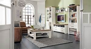 design wohnwand set one by musterring gemütliches landhausflair mit dem wohnprogramm york blume pr