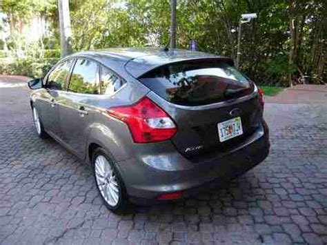 Find Used 2012 Ford Focus Hatchback Sel,leather,gray In