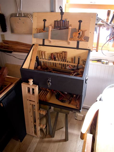 tools needed    dutch tool chest lost art press