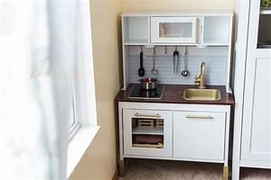 Ikea Duktig Rückwand : duktig ikea play kitchen makeover diy project wear love wanders ~ Frokenaadalensverden.com Haus und Dekorationen
