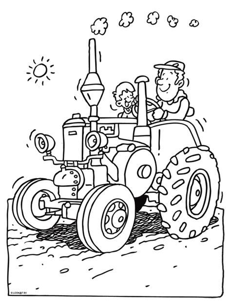 Tractor Kleurplaat by Kleurplaat Trekker Kleurplaten Nl
