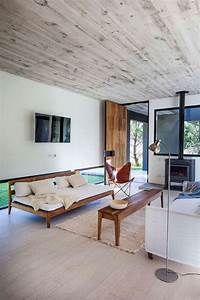 Modern beach house by estudio pka 2015 interior design ideas for Beach house 2015 modern interior design