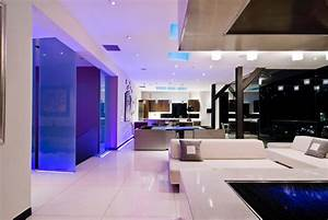 Impressive hollywood mansion by whipple russell architects for Impressive interior design photos modern living room ideas