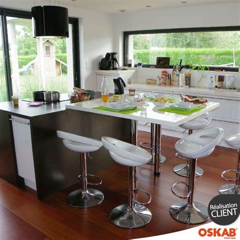 cuisine ultra moderne cuisine loft ultra moderne et blanche avec îlot