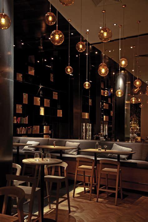restaurant zona bar budapest meets nogarlicnoonions wine