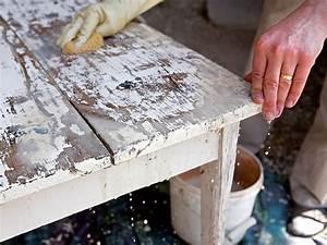 Décaper Peinture Sur Bois : 17 meilleures id es propos de repeindre un meuble sur ~ Dailycaller-alerts.com Idées de Décoration