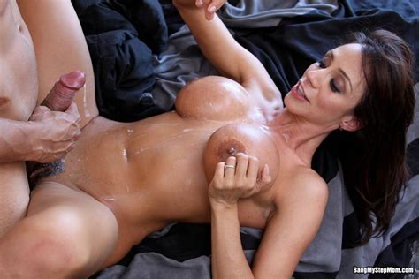 ariella ferrera gets banged hard pichunter