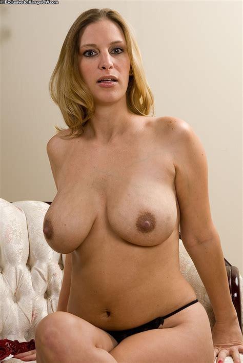 Amateur Big Tits Busty Hairymoms Lingerie Mom Fuskator