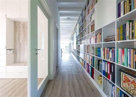 rumah bata  perpustakaan pribadi  dimensi