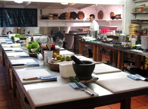 Popular Kitchen : Kitchen table cooking school with   Home