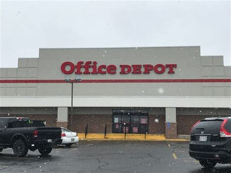 streetwise office depot closing west side location