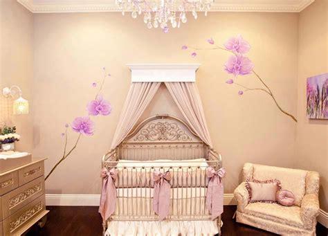 chambre bébé de luxe déco chambre bébé le voilage et le ciel de lit magiques