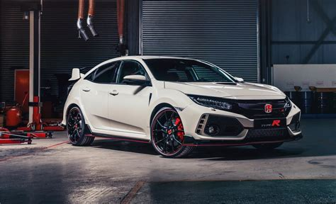 2017 Honda Civic Type R Gets 22/28 Mpg Rating