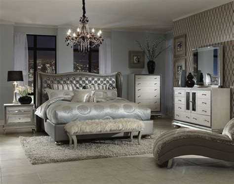 Aico Hollywood Swank Upholstered Bedroom Set