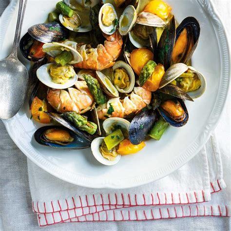recette de cuisine dessert casserole de fruits de mer au safran ricardo