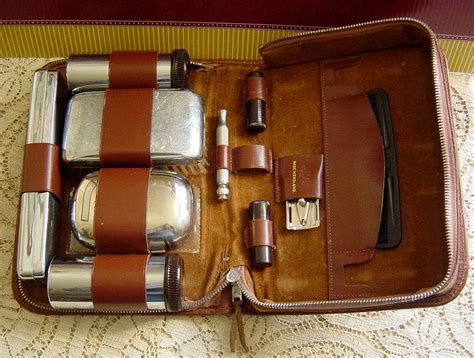 Vintage 1950s Mens Black Leather And Red Travel Grooming Kit Medina Antique Mall Oh 44256 Sunflower Gold Wall Mirror Caskets Copper Bathroom Sink Faucets Wooden Remember When Antiques Mountain Home Ar Reed And Barton Sterling Silver Patterns Chair Feet