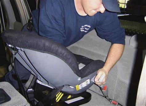 installation siege auto bebe check list de l 39 achat d 39 un siège auto n 39 oubliez rien