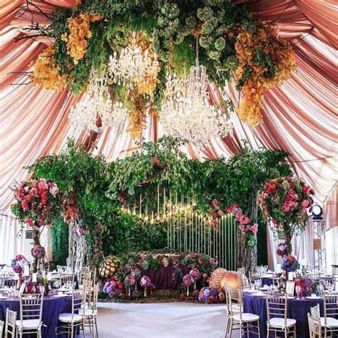 dekorasi pernikahan jawa barat  tengah modern klasik