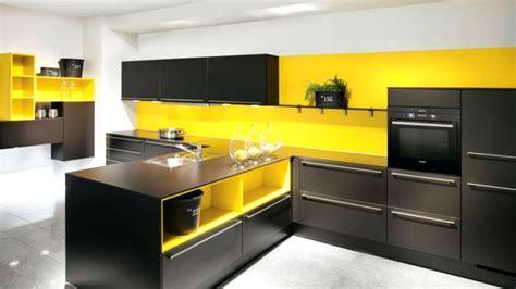 cuisine bois blanc cuisine jaune et cuisine nous a fait à l