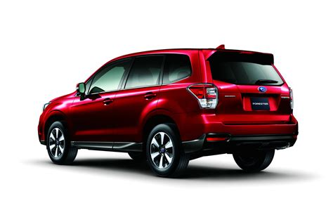 subaru shows   facelifted  forester carscoops