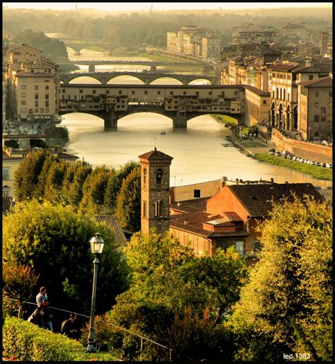 Overlooking the Arno in Florence, Italy photo on Sunsurfer