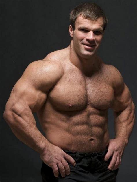 Meet Denis Cyplenkov – the Ukrainian Real-Life Hulk - ViewKick