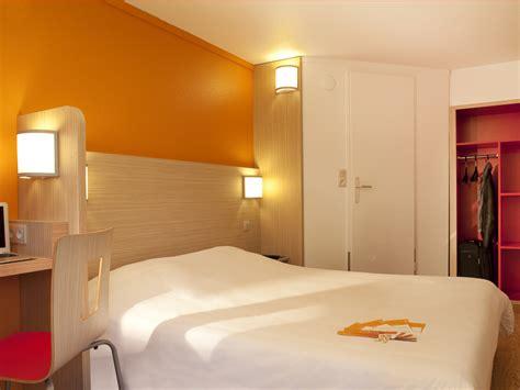 premiere classe chambre hôtel première classe caen est 1 étoile dans le calvados tourisme calvados