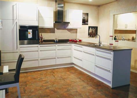 Matratzen Hilden Nobilia Küche Highlight