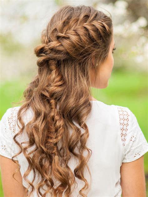flechtfrisur fuer locken frisuren bridal hair flowers