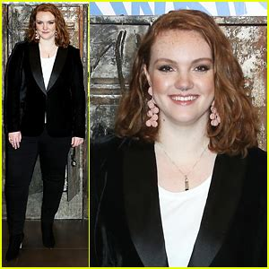 shannon purser singing teen hollywood celebrity news and gossip just jared jr