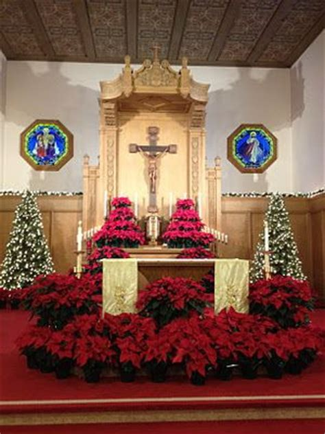 roman catholic church christmas decorations 168 best images about churches at on stage design