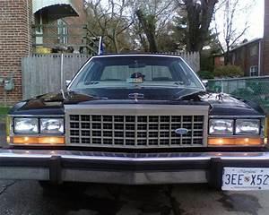 babo1989 1985 Ford LTD Crown Victoria Specs, Photos