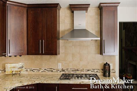 transitional kitchens gallery dreammaker bath kitchen