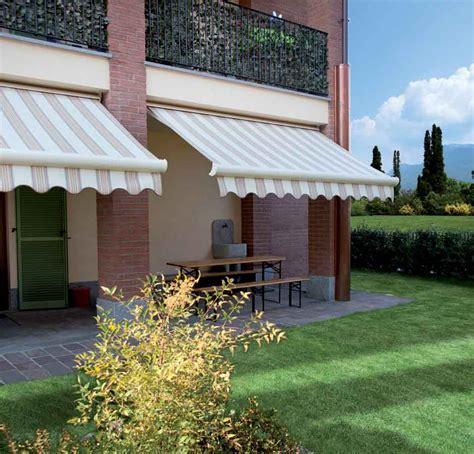 Tenda Da Sole Per Terrazzo Tende Da Sole Per Esterni Balconi E Terrazzi Metroarredo