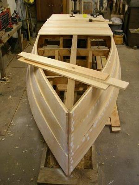 Wooden Skiff Boat Kits by How To Dapple Rocking Flat Bottom Skiff Plans