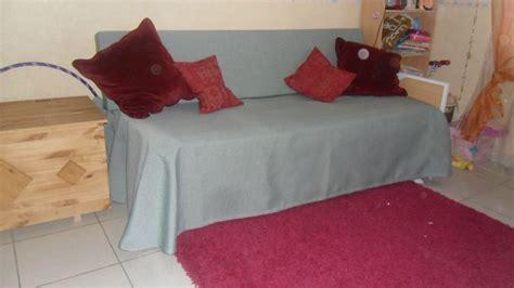 transformer lit en canapé transformation d 39 un lit en canapé jacky couture st feliu