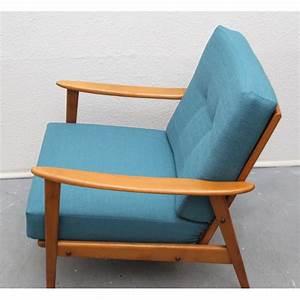 Fauteuil Bleu Pétrole : fauteuil vintage en bois massif et tissu bleu p trole 1950 design market ~ Teatrodelosmanantiales.com Idées de Décoration