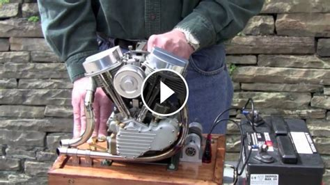 awesome scale running model  harley engine