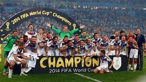 Fußball Weltmeisterschaft 2014 Stadien : g tzes geniestreich l ws dfb team kr nt sich zum fu ball weltmeister n ~ Markanthonyermac.com Haus und Dekorationen