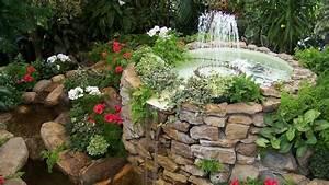 springbrunnen und gartenbrunnen arten standort pflege With französischer balkon mit brunnen im garten bauen