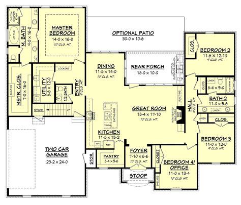 great  bedroom plan   flexible bonus room  garage  plan offers