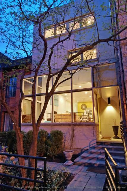 modernist townhouse in chicago cool houses daily home