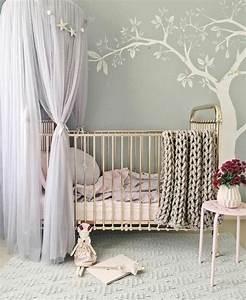 Vorhänge Babyzimmer Mädchen : 1001 ideen f r babyzimmer m dchen vorhang ber dem bett babyzimmer und wanddeko ~ Whattoseeinmadrid.com Haus und Dekorationen