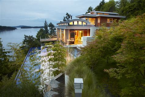 west coast contemporary residence  pacific ocean